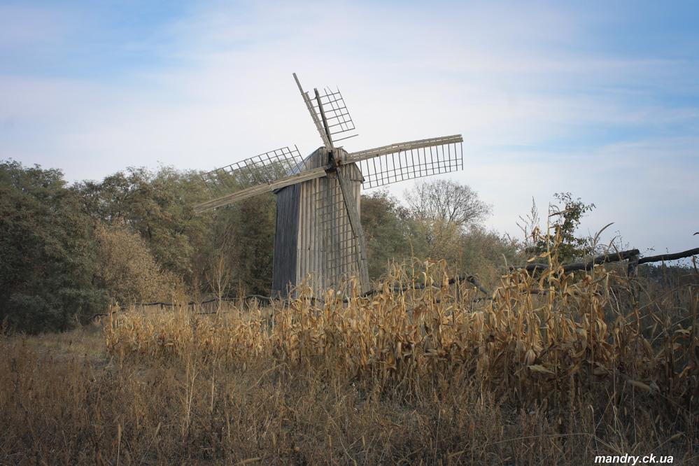 вітряк в селі Теклине