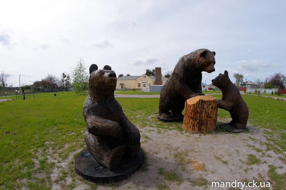 ведмеді в селі Будище