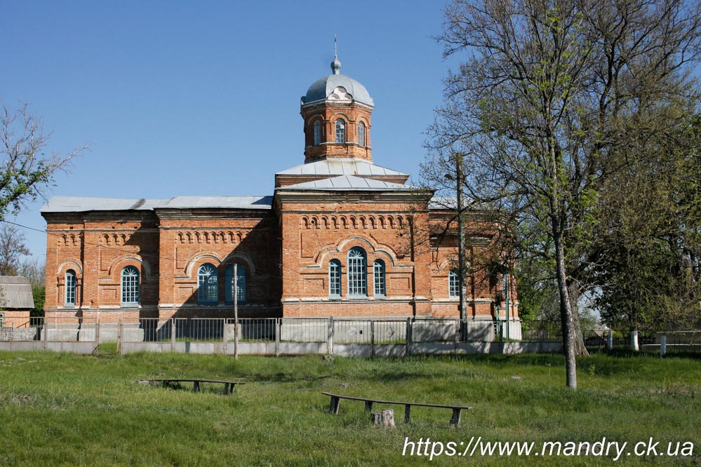 церква в селі Юрчиха