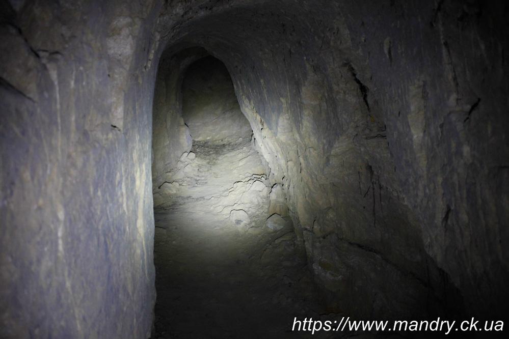 печери монастирю