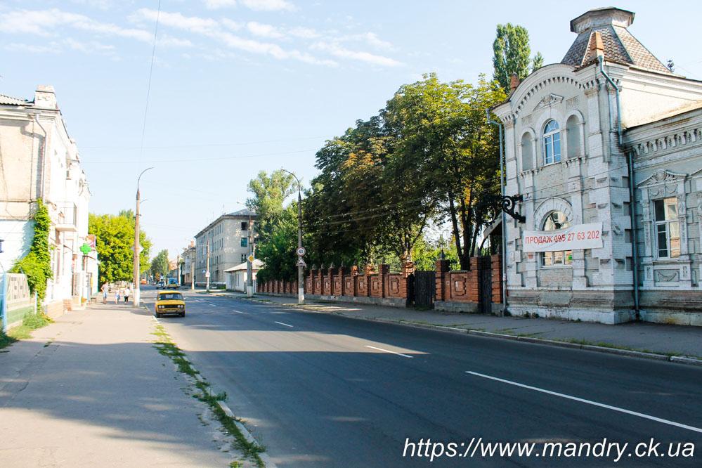 старі будівлі на вулиці Приходька