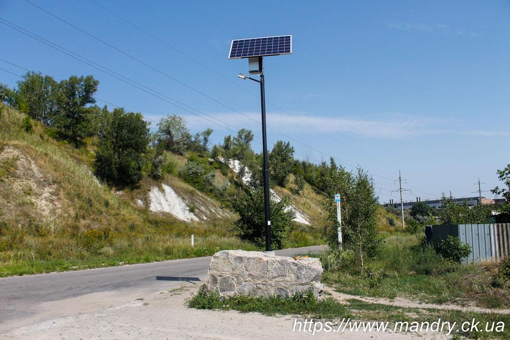 сонячна батарея в селі Садки