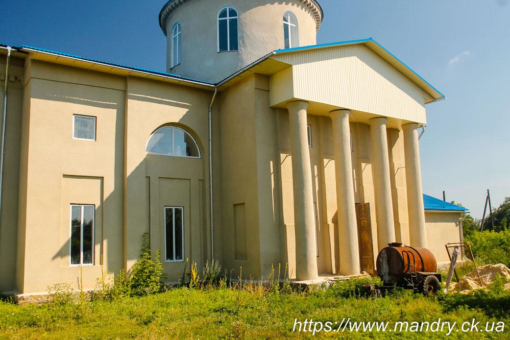 Церква Покрови село Бурти