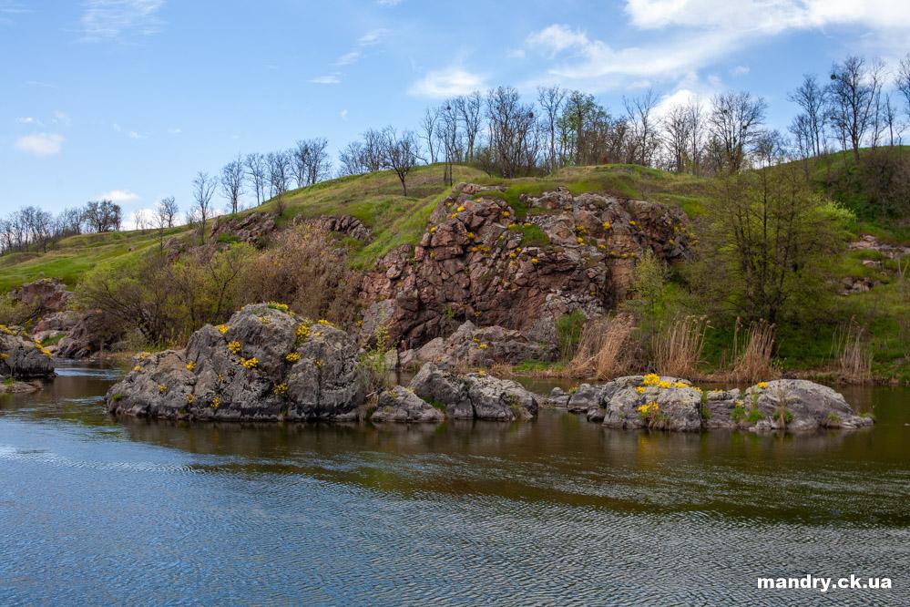 Стеблів скелі на Росі