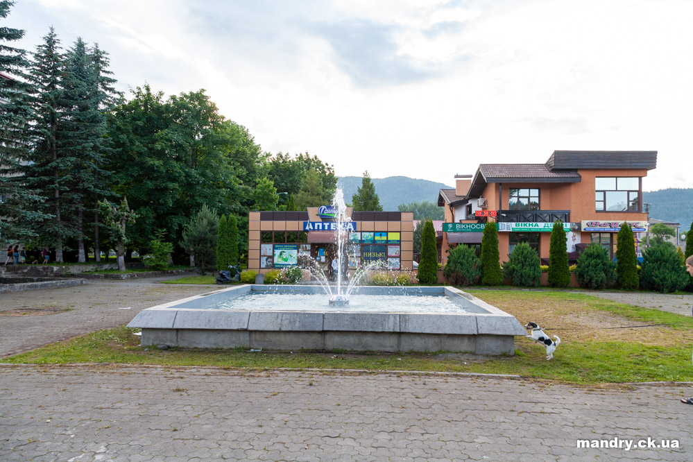 фонтан у Сколе