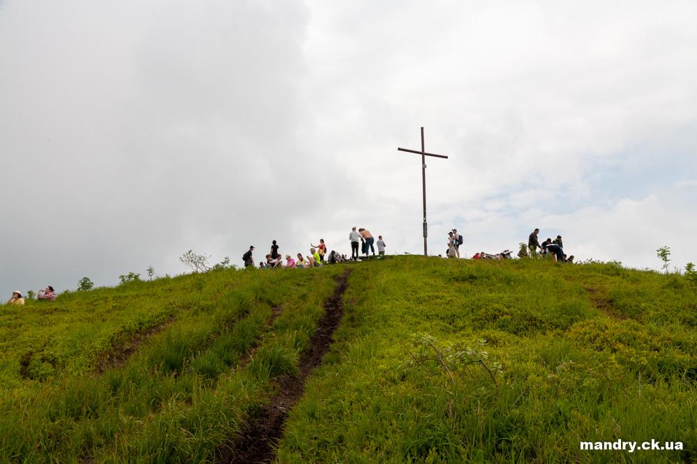хрест на вершині гори Парашка